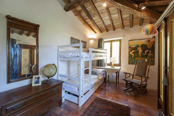 25-s574-Bedroom-with-bunk-beds-